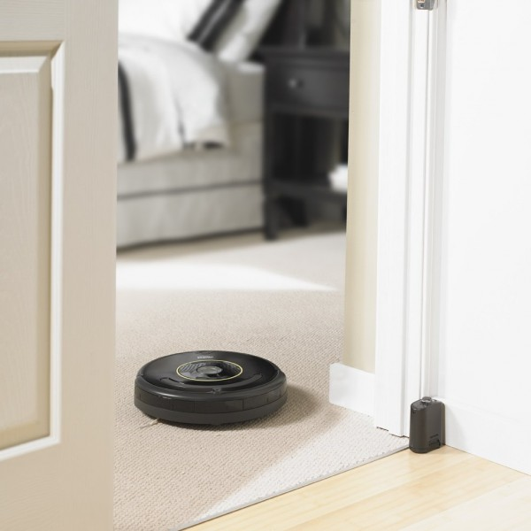 robotic vacuum cleaner and mop black friday 600x600 Get Your Best Cleaning Using iRobot Roomba 650 Robotic Vacuum Cleaner